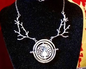 Necklace: Wish time