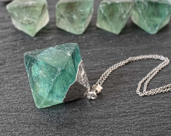 Raw crystal necklace Green fluorite necklace Raw fluorite pendant necklace Crystal point necklace Mineral necklace Non tarnish steel chain