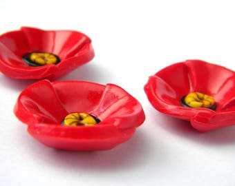Large poppy button made by hand