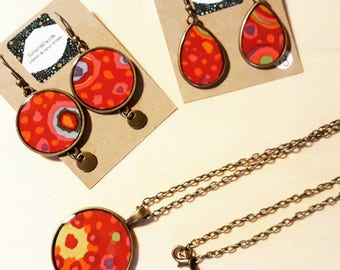 Set of necklace Locket or 1 pair of asymmetrical charm or drop earrings multicolor/fabric aborigine and resin/handmade