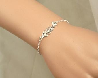 Silver fish bone bracelet , fish bone pendant ,  silver fish bone bracelet , dainty bracelet , animal silver bracelet , silver fish bracelet