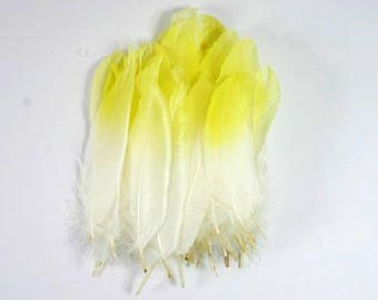25 Painted Feathers White Feathers With A Pastel Yellow Tip Airbrushed Feathers Craft Goose Feathers Unique Feathers Wedding Feathers Nr 2