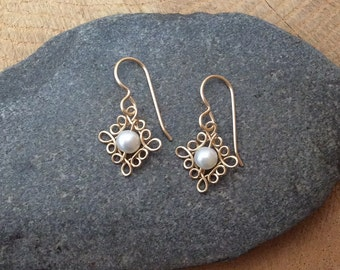 Dainty 14k Gold Filled Earrings with Freshwater Pearl