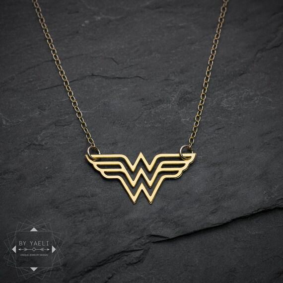Wonder woman necklace statement necklace super hero jewelry wonder woman necklace statement necklace super hero jewelry comics jewelry wonder woman logo pendant woman necklace gift for woman aloadofball Gallery