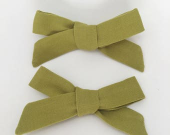 Moss green school girl bow