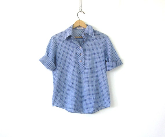 Thin Blue Henley Pullover Vintage 70s shirt Button Collar Casual Hipster Shirt Retro Normcore Men's Size 36 XS Small