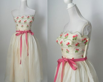 Vintage 1950s Off White and Pink Strapless Prom Dress, Wedding Dress