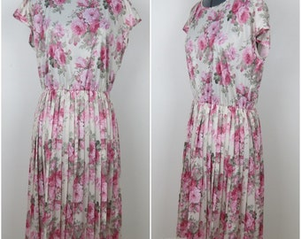 Vintage 1980s Pink Rose Dress with Pleated Skirt - Bust 40 (B1)