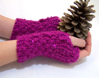 Chunky Knit Pink Sequined Mittens, Pink Button Cuff Mittens, Knit Pink Wristwarmer, Fuchsia Pink Knit Armwarmer Fuchsia, Winter Trends