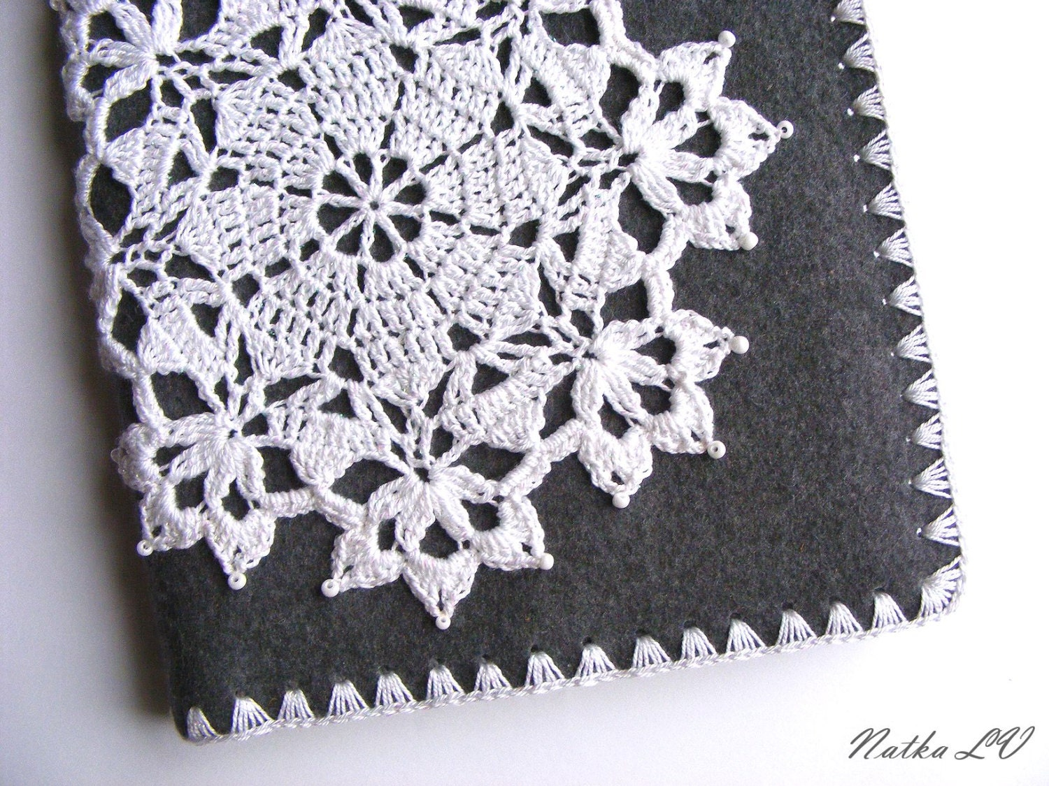 Notebook cover with snowflake motif felt crochet cover