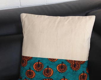 Cushion cover 50 x 50 in African fabric or wax and linen