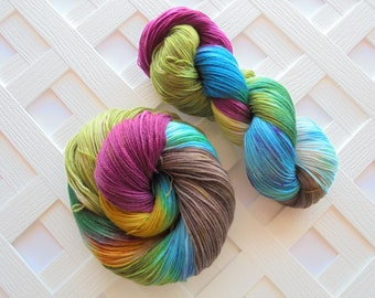 VENICE Superwash Merino Fingering Weight Yarn, Superwash Sock Yarn, Speckled Wool Yarn, Sock Yarn, Hand Dyed Sock Yarn, Indie Dyed Yarn