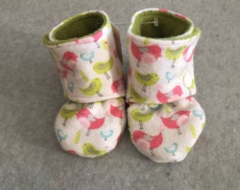 Gender Neutral Pink and Green Birds Stay On Baby Booties