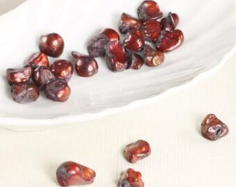 Pomegranate red keshi pearls, rustic, 23pcs, 7x8-8x12mm - 228
