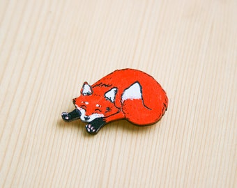 Red fox paws cute badge brooch pin wooden wood painted gift present idea