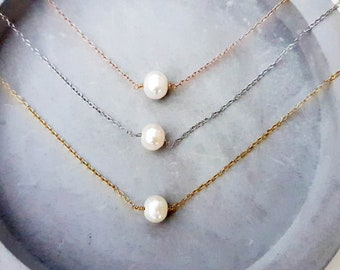 single pearl necklace, pearl solitaire necklace, delicate necklace, freshwater necklace,pearl necklace, pearl delicate necklace