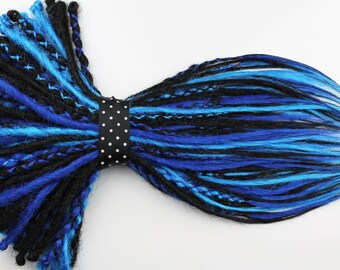 1/4 Set Black & Blue Synthetic Dread Extension. 20 Inches, Double or Single Ended Dreads.
