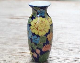 Sale!Miniature Vase,Miniature Ceramic Vase,Dollhouse furniture,Miniature Dollshouse,Small vase,Miniature flower vase,miniature Flower,Vase