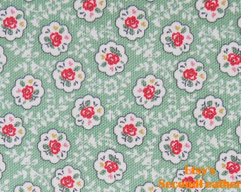 Rose Dream - Light Green Background - Canvas - 100% cotton - Fat Quarter - More for one cut - B11