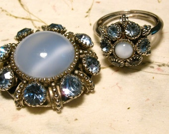 1974 Vintage Avon Light Blue Moonglow Necklace Ring Set