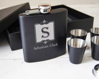 Personalized Flask Set with Shot Glasses , gift box with customized flask, Groomsman Gifts, Best man Gifts. Grooms Gift, weddings gifts