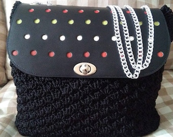 Shoulder strap with hand made patella