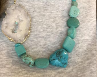 White druzy slice necklace with free form turquoise beads, Mothers Day Gift, Graduation, birthday gift for mom, anniversary gift for wife