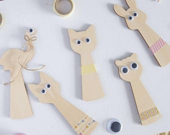 SHADOW PUPPETS | DIY Craft | Imaginative Play | Hand Puppets | Wooden Puppets