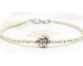 Tiny Leaf Bracelet, Autumn Leaves Bracelet, Friendship Bracelet, Silver Glass Beads, Seed Bead Bracelet, Minimal Bracelet, Miss Ceces Jewels