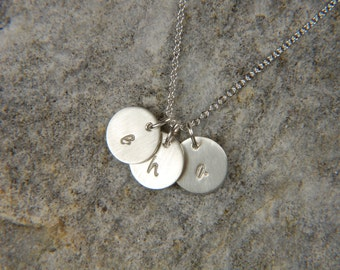 Silver Mommy Necklace 9 mm Silver Disc Necklace Personalized Necklace Silver Mommy Necklace Personalized Jewelry