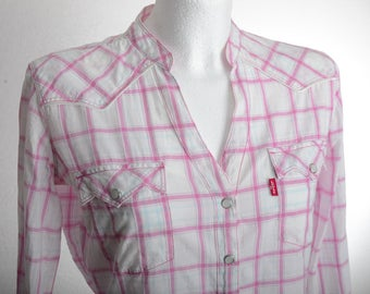 Vintage 90s LEVI'S 3/4 Sleeve Western Style Shirt checkered with metal stripes and pearl snap buttons - pink - Levis