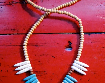 SOUTHWEST Wooden Bead Necklace in red, turquoise and white native American Look
