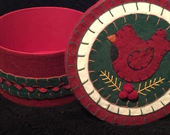 Red Green White Felt Cardinal Gift Trinket Keepsake Storage Box, Vintage 1980's