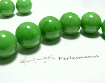 10 pearls 8mm Apple green color dyed jade