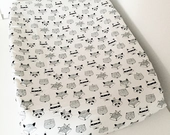 Change pad cover - Tribal Animals  - Universal Fit (80x50cm)