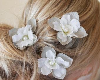 hydrangea hair pin, petal hair pin, grey headpiece, petal hair clips, flower jewellery, hair flowers, bridesmaid hair, flower clips