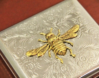 Bee Cigarette Case Bumble Bee Honey Bee Metal Wallet Steampunk Antiqued Vintage Gold Retro Wallet Cigarettes Box Holder Silver Container
