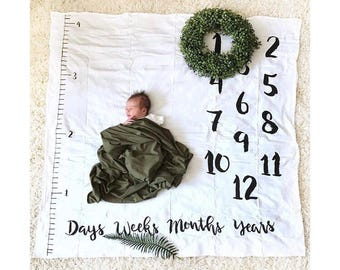 Baby milestone blanket, Age + Growth hand drawn Baby Monthly milestones, anniversary milestone blanket, black and white blanket RTS