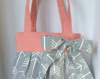 Gray arrow diaper bag, coral diaper bag, purse with bow, handbag, boy or girl diaper bag medium, grey arrows, magnetic snap, elastic pockets