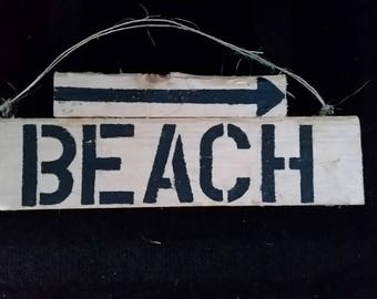 Wood beach sign
