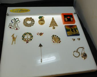 Lot of 14 Vintage Christmas Brooches Pins Earrings Key Chain Jewelry