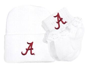 Alabama Crimson Tide Newborn Baby Knit Cap and Socks with Lace Set