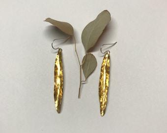 Seed pod brass earings