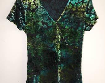 FREE SHIPPING - Vintage green velvet/velour flower short sleeve top with belt, size approx. M