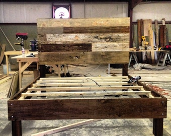 Reclaimed Wood Bed (Barnwood)