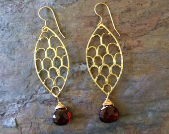 Garnet gemstone gold earrings