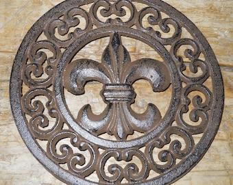 Cast Iron Round FLEUR DE LIS Plaque Sign Rustic Saints Decor Trivet French