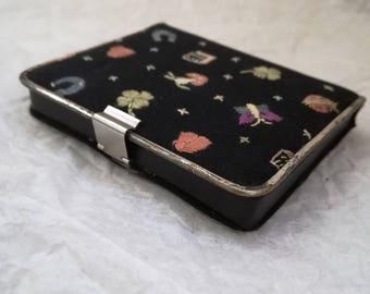 Vintage powder case