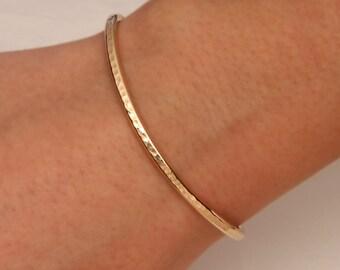 Hammered Cuff Bracelet, 14K Yellow Gold Filled (350cur.ygf)