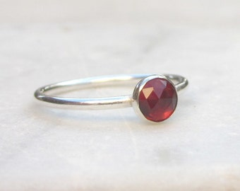 Dainty garnet ring, gemstone stacking ring, sterling silver solitaire ring, small gemstone ring, red stone stacking ring, US size 6 & 7